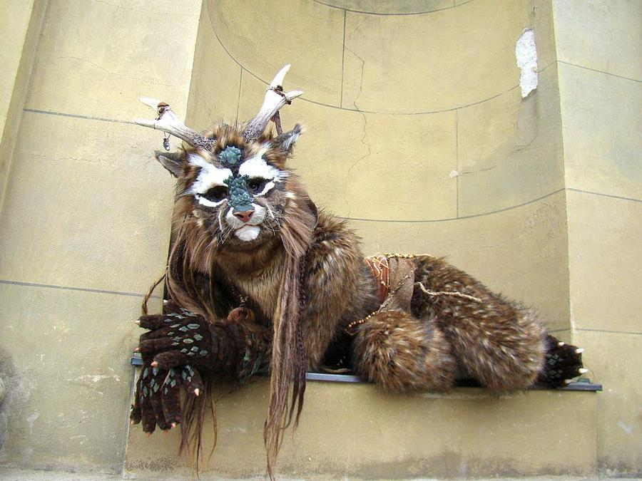 a_wolpertinger_in_the_town_by_ermelyn-d4